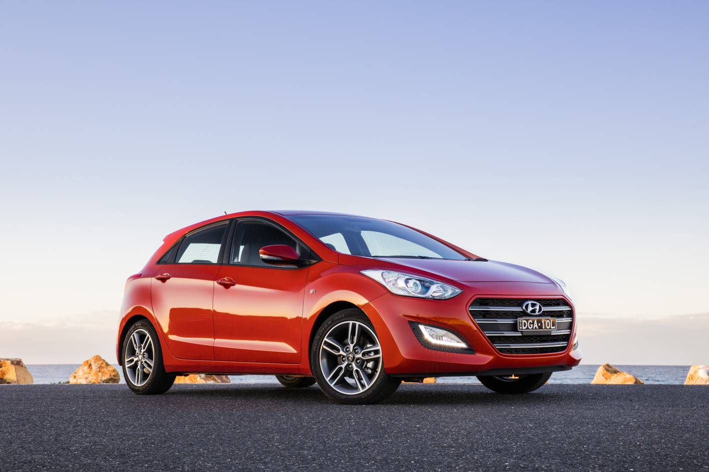 hyundai i30 series ii sr pricing and specification. Black Bedroom Furniture Sets. Home Design Ideas