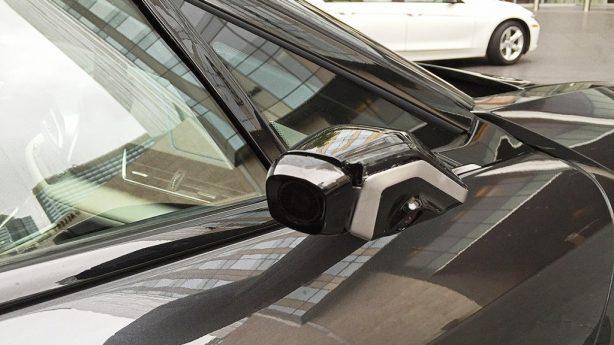 BMW-i8-Mirrorless-side-cameras