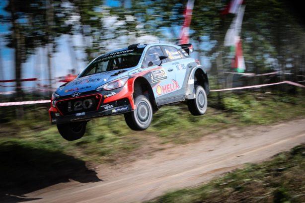 rally poland hyundai i20 wrc front quarter-3