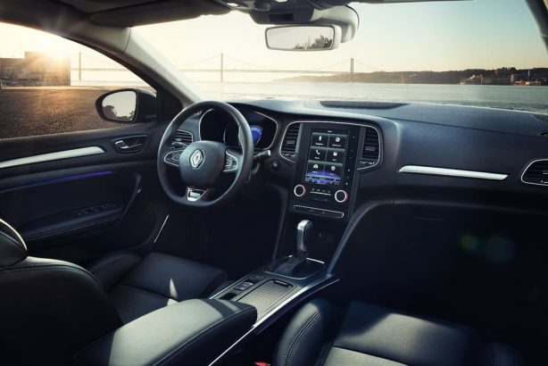 renault-megane-grand-coupe-interior