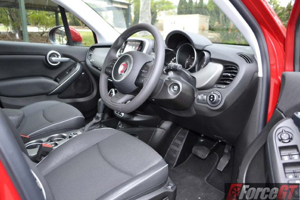 2016 fiat 500x cross plus interior