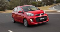 2016 Kia Picanto front 3/4 in motion.