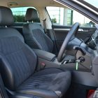 2016-skoda-superb-140tdi-wagon-front-seats