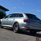 2016-skoda-superb-140tdi-wagon-rear-quarter
