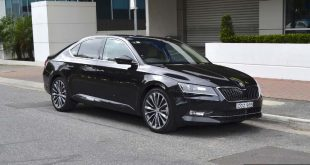 2016 skoda superb 162tsi sedan front quarter