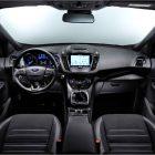 2017-ford-kuga-interior