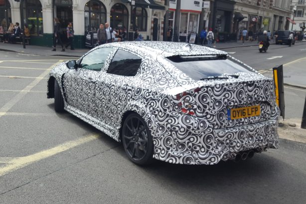 2017 honda civic type r spy photo rear quarter