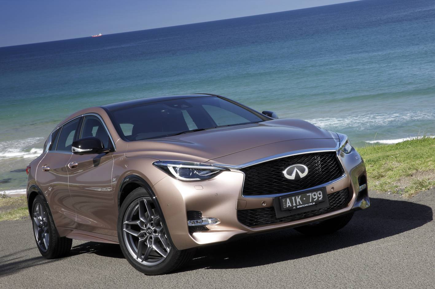 2017 infiniti q30 lands in australia from 38 900. Black Bedroom Furniture Sets. Home Design Ideas