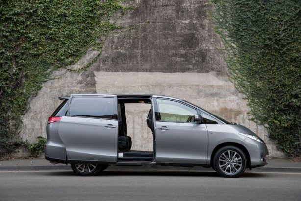 2017-toyota-tarago-ultima-sliding-door