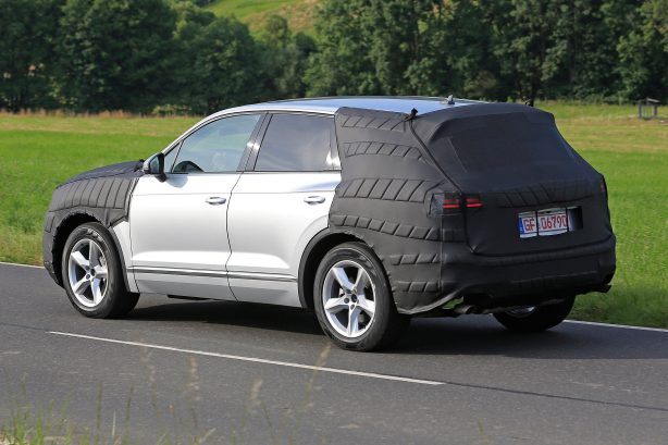2017 volkswagen touareg spy photo rear quarter