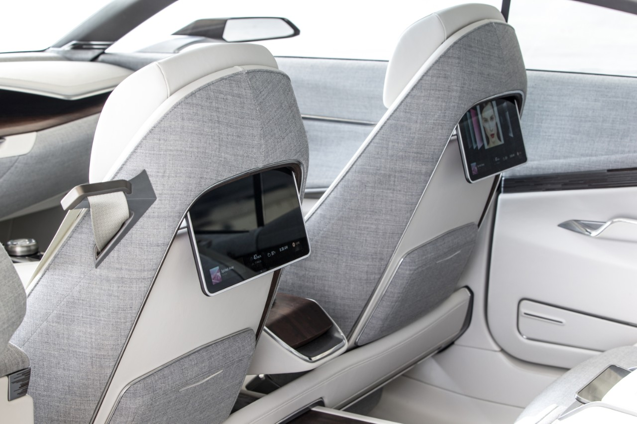 cadillac escala concept previews s class fighter. Black Bedroom Furniture Sets. Home Design Ideas