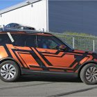 next-gen-land-rover-discovery-spy-photo-3