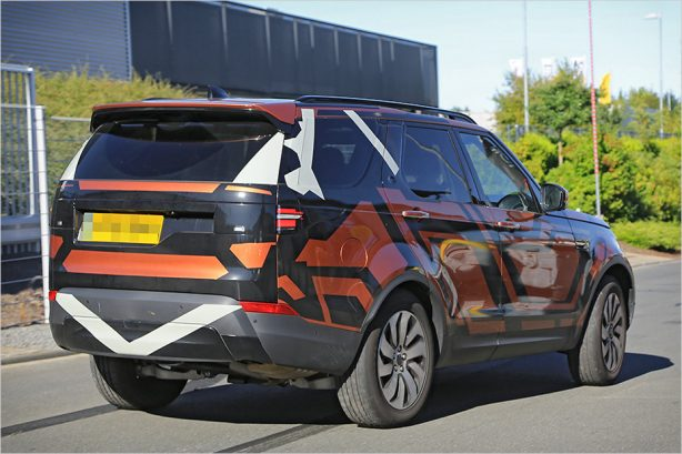 next-gen-land-rover-discovery-spy-photo-5