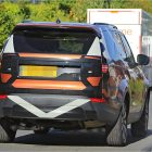 next-gen-land-rover-discovery-spy-photo-rear