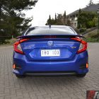 2016-honda-civic-rs-rear