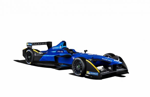 2017-renault-formula-e-livery-front-quarter