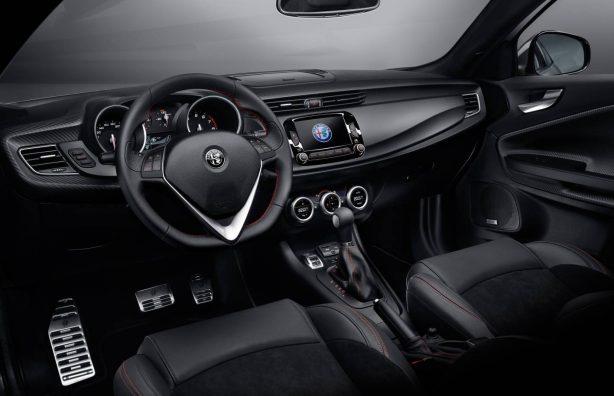 2017-alfa-romeo-giulietta-veloce-interior