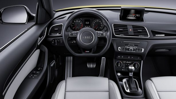 2017-audi-q3-s-line-competition-interior
