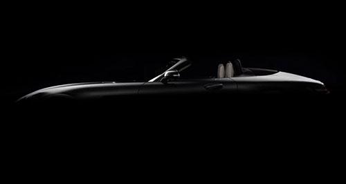 2017-mercedes-amg-gt-roadster-teaser