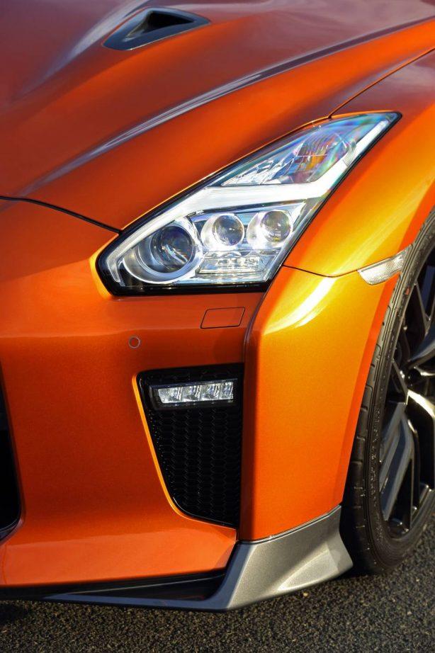 2017 nissan gt-r premium edition front splitter