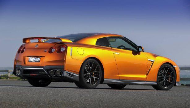 2017 nissan gt-r premium edition rear quarter