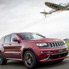 jeep-grand-cherokee-srt-vs-plane-2