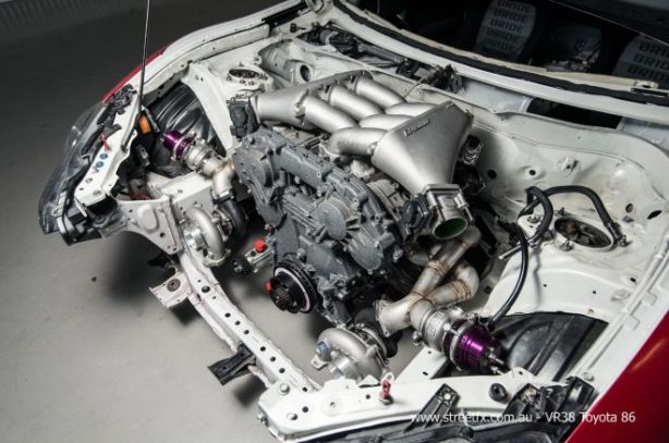 Street-FX-WTF86-engine-detail-660x438