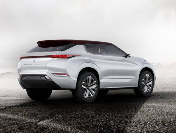 mitsubishi-gt-phev-concept-rear-quarter