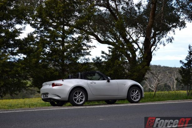 2016-mazda-mx-5-1-5-litre-side2