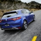 2016-renault-megane-hatch-rear-quarter