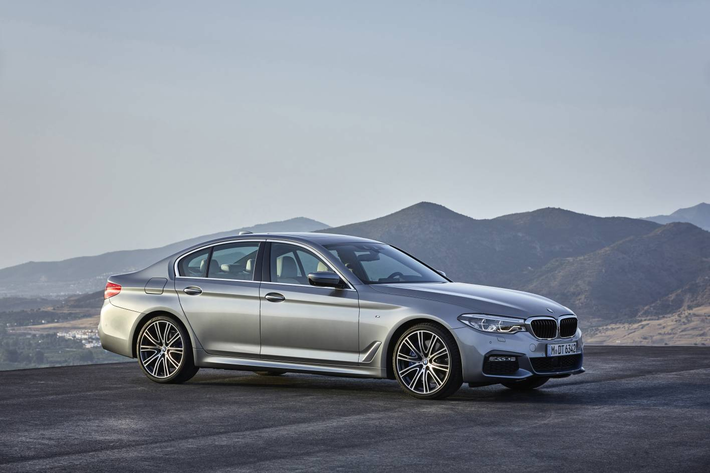 2017 bmw 5 series pricing and specification announced. Black Bedroom Furniture Sets. Home Design Ideas