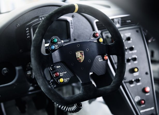 2017-porsche-911-gt3-cup-interior