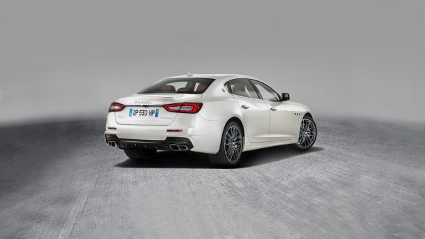 maserati-gransport-rear-quarter