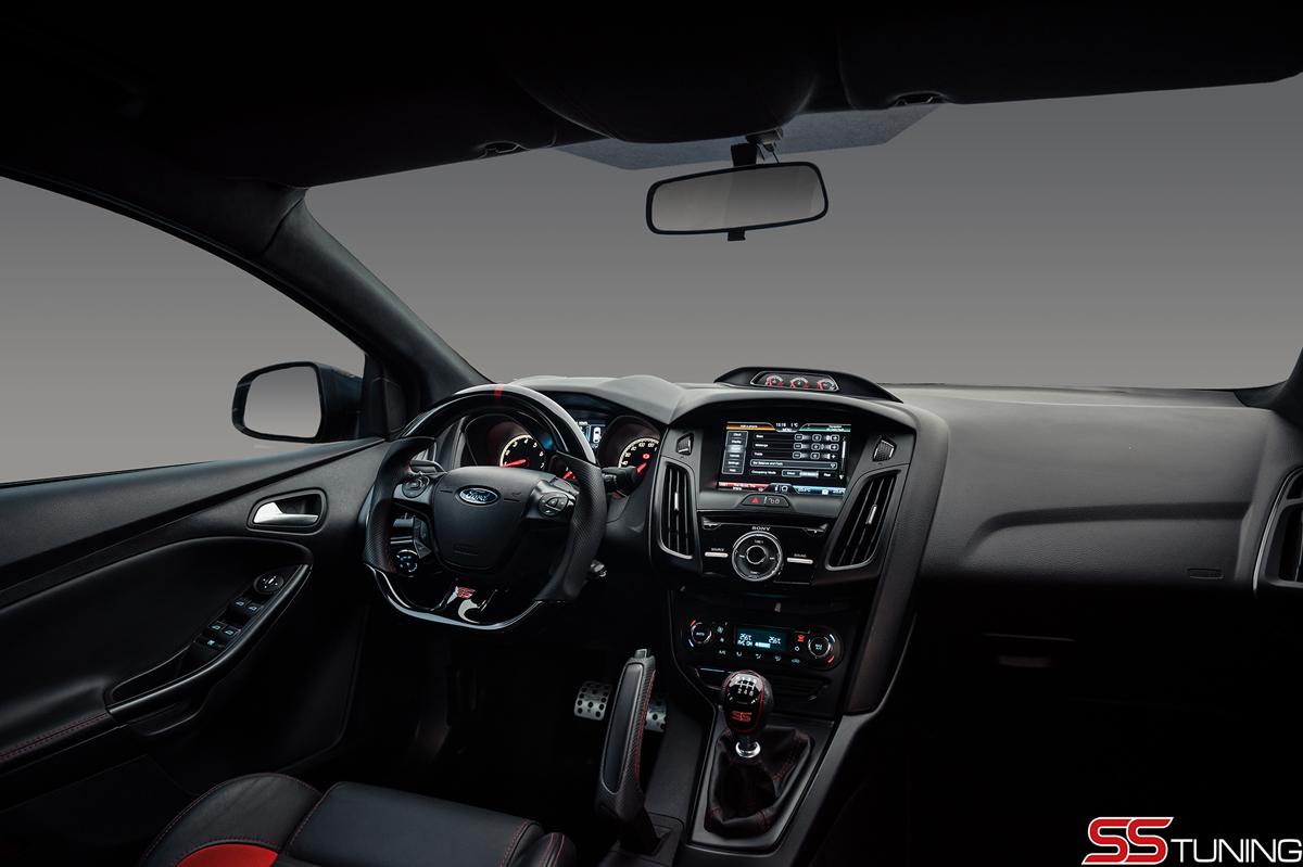 SS Tuning presents Ford Focus ST sedan - ForceGT.com