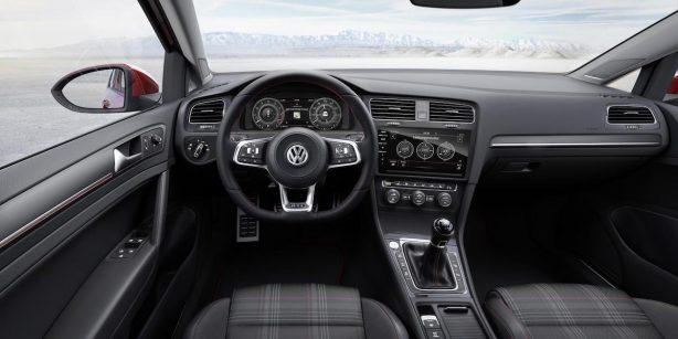 2017-volkswagen-golf-facelift-interior