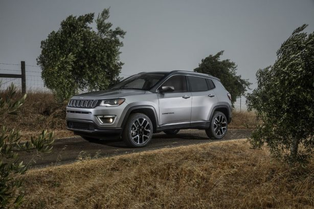 gallery-2017-jeep-compass-6