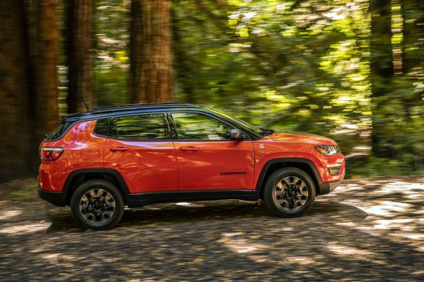 gallery-2017-jeep-compass-trailhawk-14