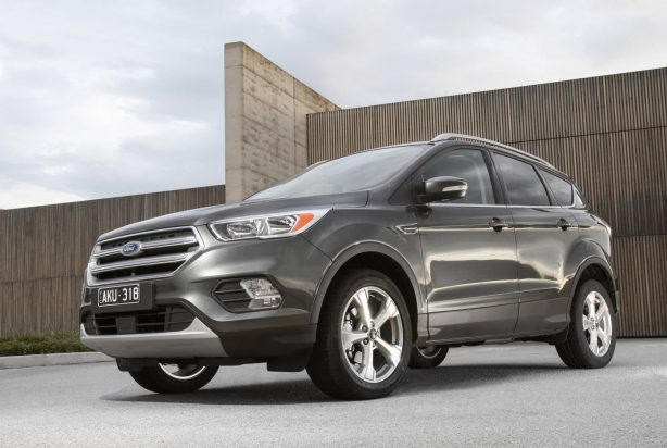 Ford Kuga Towing Capacity >> Ford adds RWD Everest Trend to 2017 Ford Everest range ...