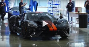 ford-gt-rolls-of-production-line