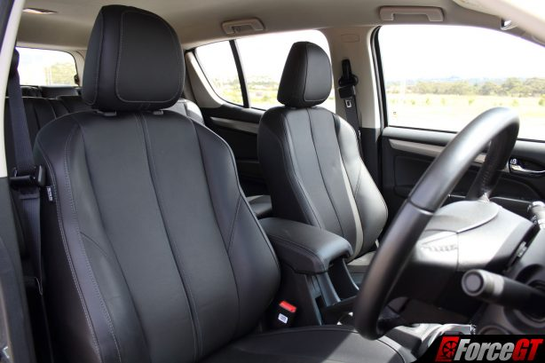 holden_trailblazer_ltz_interior_3