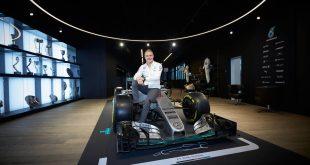 Valtteri Bottas joins Mercedes-AMG 2017 3