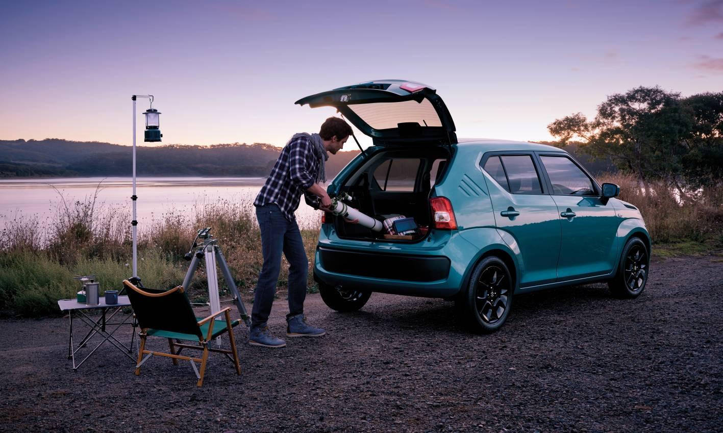 Suzuki Ignis Rear Quarter 1