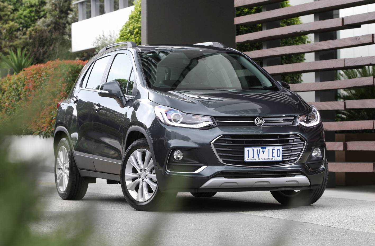 equipment boost and fresh styling for 2017 holden trax
