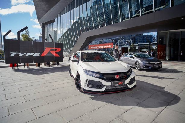 honda civic type r makes early arrival ahead of australian. Black Bedroom Furniture Sets. Home Design Ideas