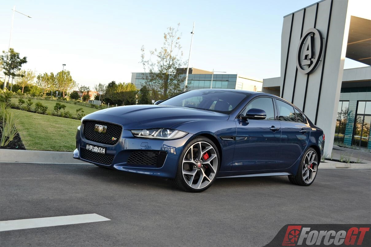 2017 jaguar xe s review. Black Bedroom Furniture Sets. Home Design Ideas