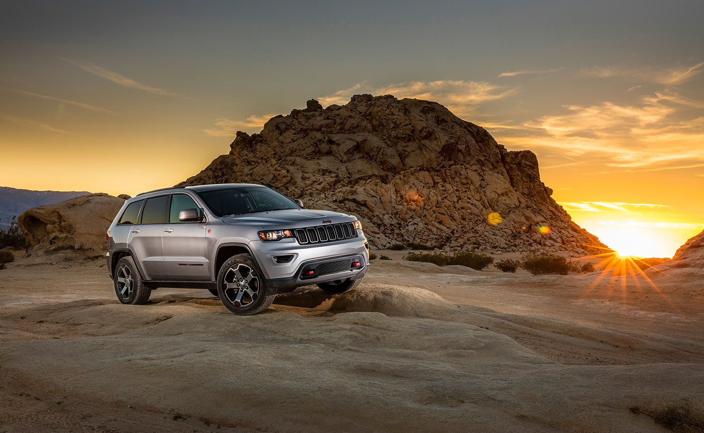 jeep launches new grand cherokee with updated pricing and specs. Black Bedroom Furniture Sets. Home Design Ideas
