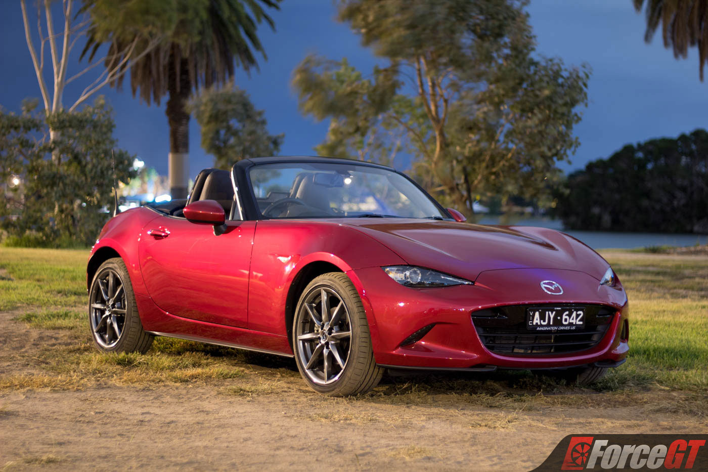 2017 mazda mx 5 roadster 2 0 litre review. Black Bedroom Furniture Sets. Home Design Ideas