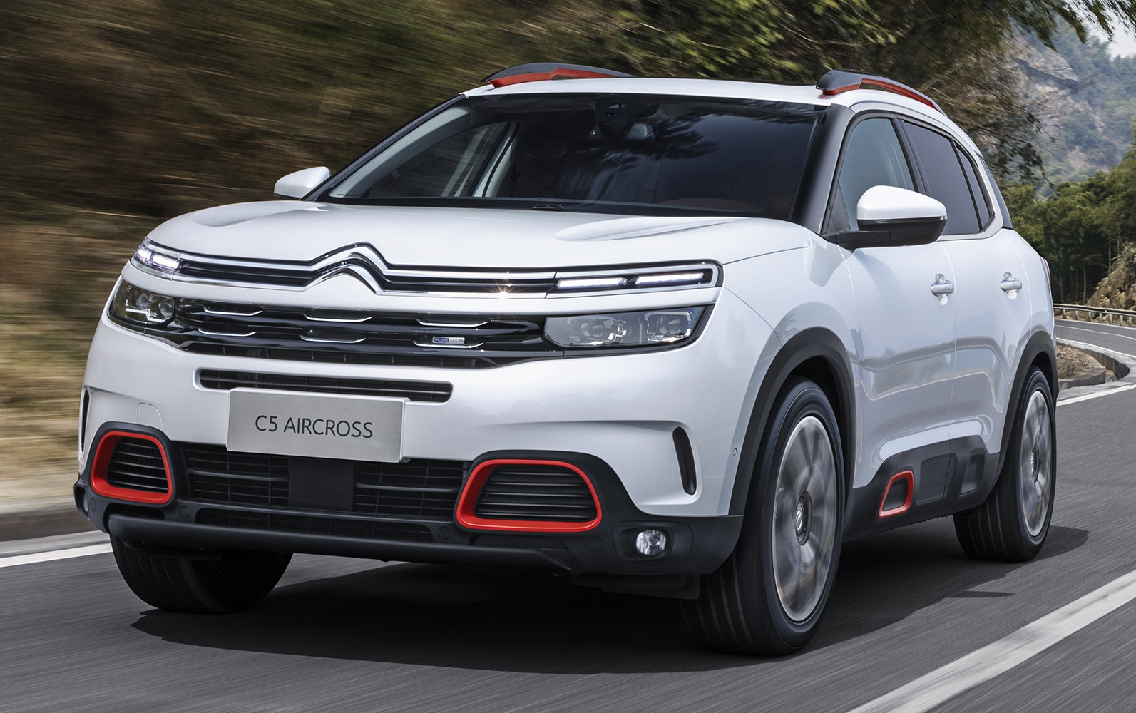 Citro 235 N Unveils New C5 Aircross Suv Forcegt Com