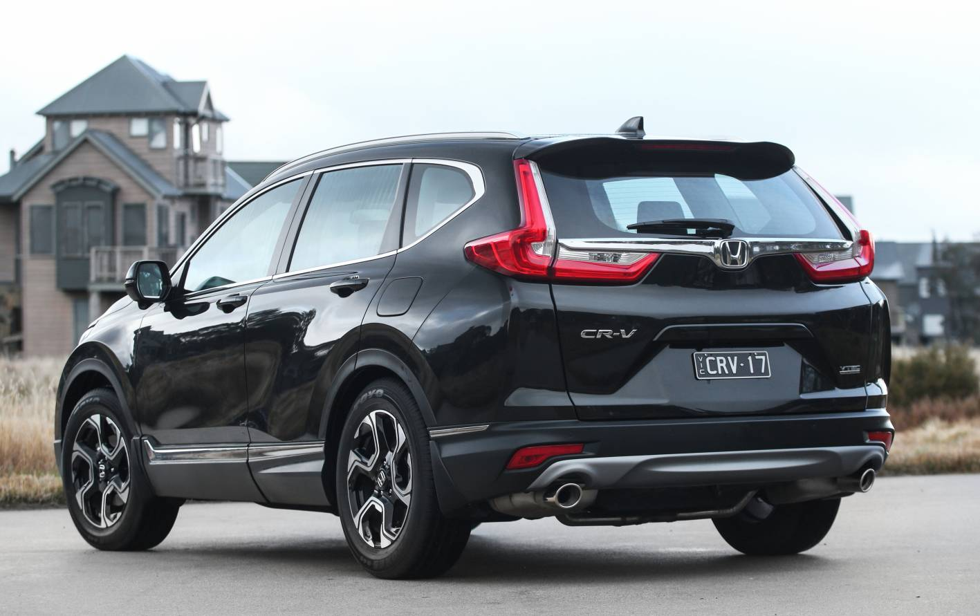2018 honda cr v pricing and specification confirmed for Honda crv 2017 vs 2018