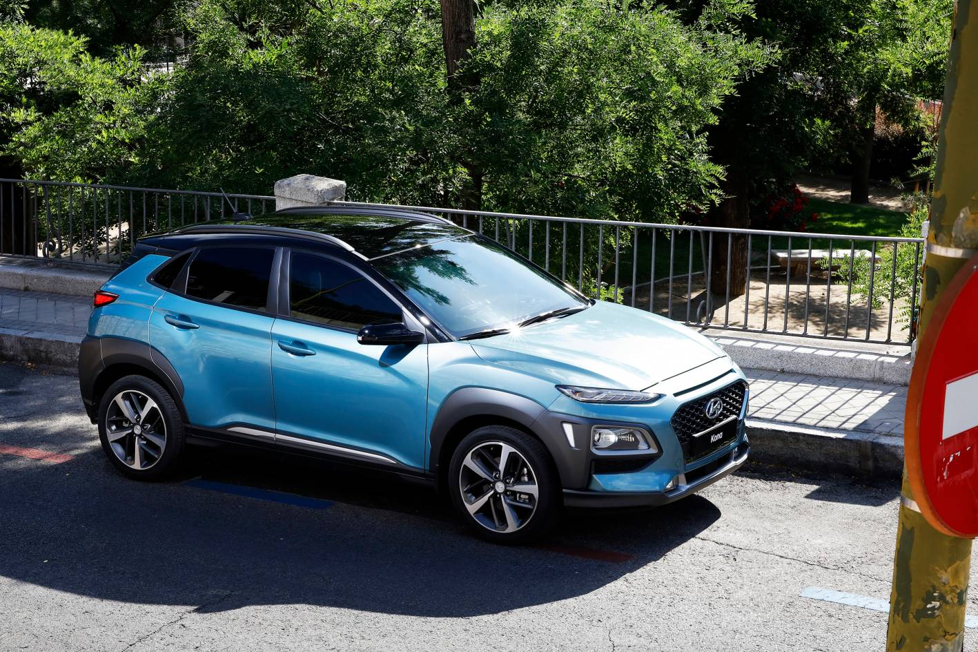 hyundai kona joins compact suv segment. Black Bedroom Furniture Sets. Home Design Ideas
